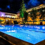 Spa Hotel Dvoretsa is even more stunning at night