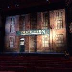 Foto de Kinky Boots at Adelphi Theatre