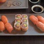 nigiri saumon et california saumon avocat, un classique!