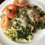 Jumbo Shrimps salad