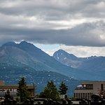Photo de Bent Prop Inn & Hostel of Alaska