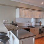 Superior Harbourside One Bedroom Apt - Kitchen