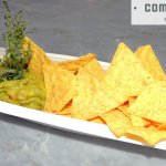 Guacamole con mango y nachos de las Sugerencias del Chef