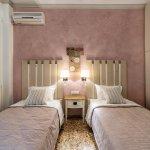 Family Suite - Twin Bedroom