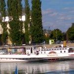 Bateau de promenade - Port de Neuchâtel