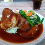 Everybodys Guiseley Sunday Roast no flavour August 2017