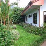 Jardín y recepción