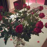 Valentine in the Dark: Rosen für die Damen!
