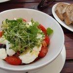 Tomaten-Büffelmozzarella Salat (big)