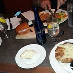 Foto de Grassfields Food & Spirits