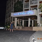 Photo of Caravel Hotel