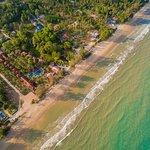 Photo de Coral Hotel Bangsaphan