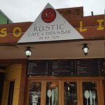 Photo de Rustic Cafe and Tapa's