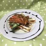 Teriyaki salmon with egg noddles, sesame seeds and pak choi