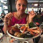 Un plateau de fruits de mer pour madame.