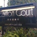 Carlton Court Foto