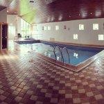 Pool, Sauna and Jacuzzi