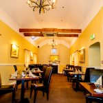 3 Dining areas available