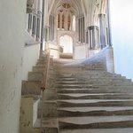 WELLS, LA CATHEDRALE - Les escaliers usés menant à la salle capitulaire
