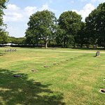 Photo de German Cemetery La Cambe