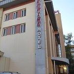 Empire Hotel Foto