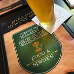 Foto de The Holy Grail Food & Spirits