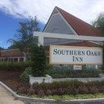 Photo of Southern Oaks Inn