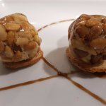 Panellets de foie y piñones