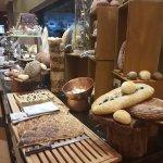 bread roll, bread and butter, bread crumb, white bread, wheat bread, rye bread, sweet bread, ban