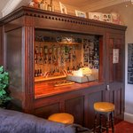 THE Small Bar