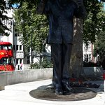 mandella statue in parliament square