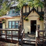 Crandell Mountain Lodge Photo