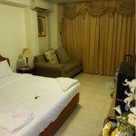 Photo de Silver Gold Garden Suvarnabhumi Airport Hotel