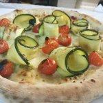 Zucchine e pomodorini... Bontà ✌️🍕