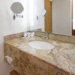 Foto de Holiday Inn Express  & Suites Irapuato