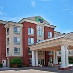 Photo of Holiday Inn Express Hotel & Suites West Monroe