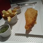 An M size fish set, not exactly like the image on the menu