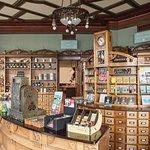 Reception desk and museum shop in the former pharmacy (Photo: Kristin Støylen)