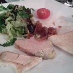 Foie gras maison avec sa compotée d'oignons