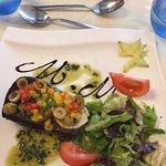 Aubergine farcie de petits légumes et fromage de chèvre