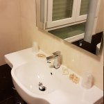 Photo de Hotel Iris