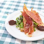 Pear Salad with Prosciutto and Fig Jam