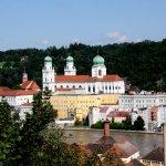 Blick von der Mariahilfkirche auf Passau