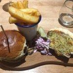Trailer Traxh (veggie burger)