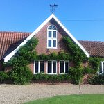 This was Carpenter's Cottage (self-catering cottage) with 3 bedrooms and 3 bathrooms