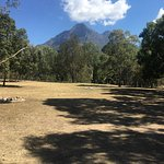 Our recent mid-week getaway was spent camping in the grounds at Mt Barney Lodge. Amazing beautif