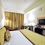Hotel_Landmark_Tower5544_(2)_w_large.jpg