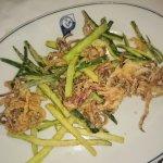 Antipasti caldi...mini frittura con contorno di zucchine pastellate