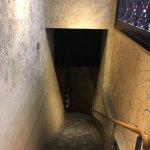 地下鉄直結の入口以外に、こんなオシャレな入口もあります