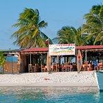 spiaggia di Crasqui con ristorantino...